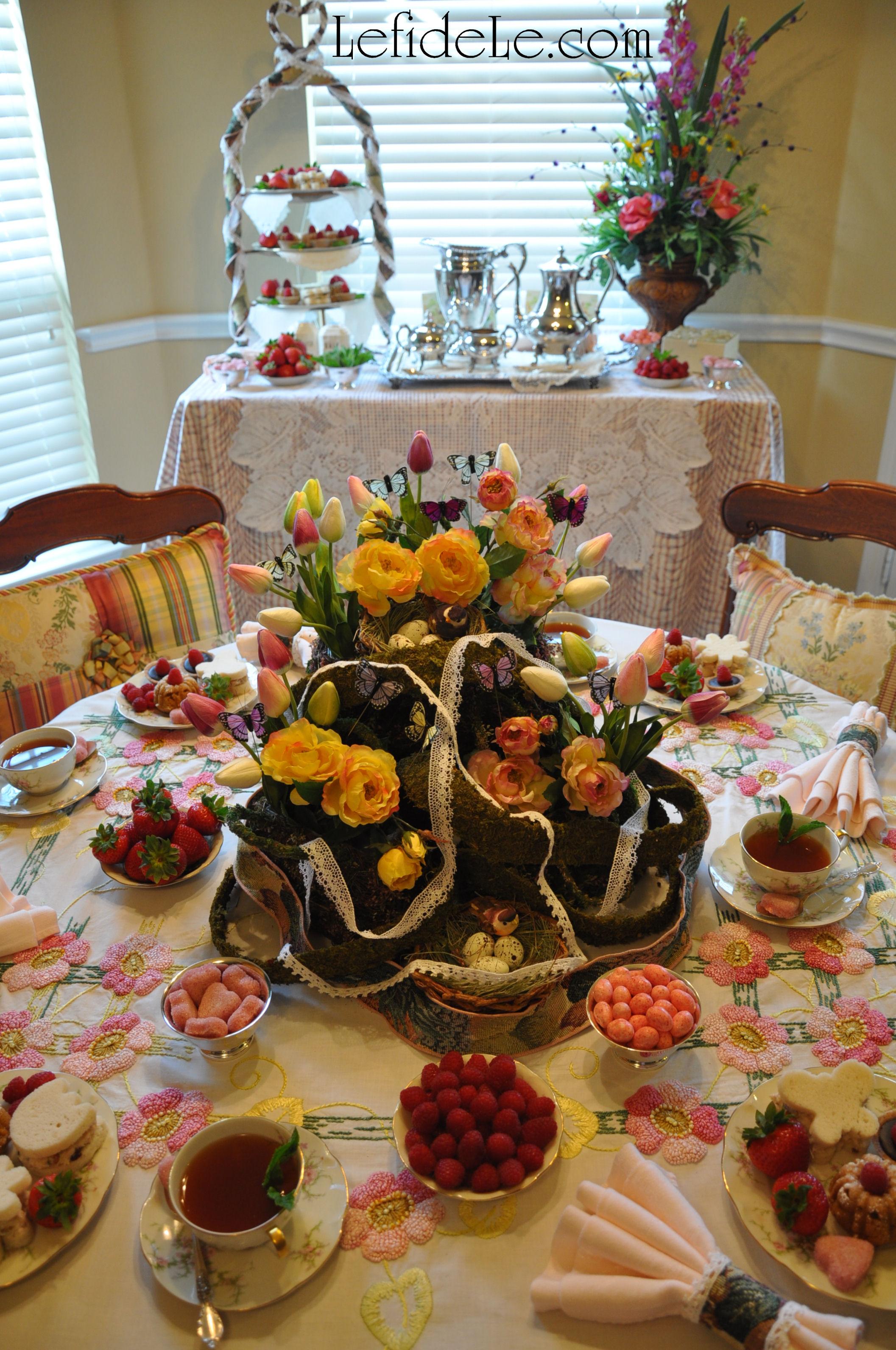 spring garden mother u2019s day tea party tablescape d u00e9cor ideas    free printable card  u0026 invitation