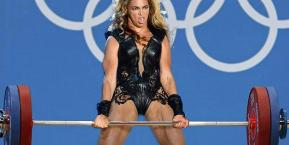 beyonce-weight-lifting