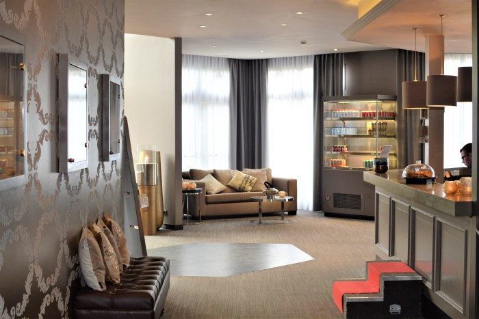 Lounge Liege Pool Salzburg, Munich And Innsbruck Christmas Markets | Leger