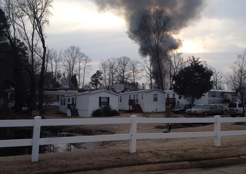 Blog Weblog Smoke Showing Yesterday 39;s Mobile Home Fire Legeros