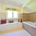 Come Sigillare una Vasta da Bagno in Casa