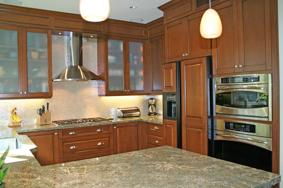 Kitchen Design Open Plan Warm Transitional Kitchen In Tustin Le Gourmet Kitchen Ltd