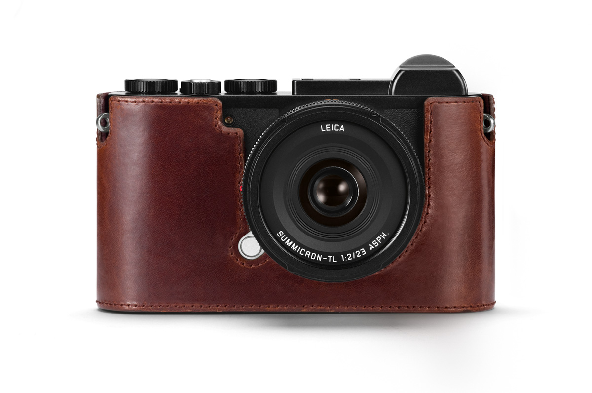 Arte Di Mano Half Case Case Cover Options For The Leica Cl Mirrorless Camera Leica Rumors