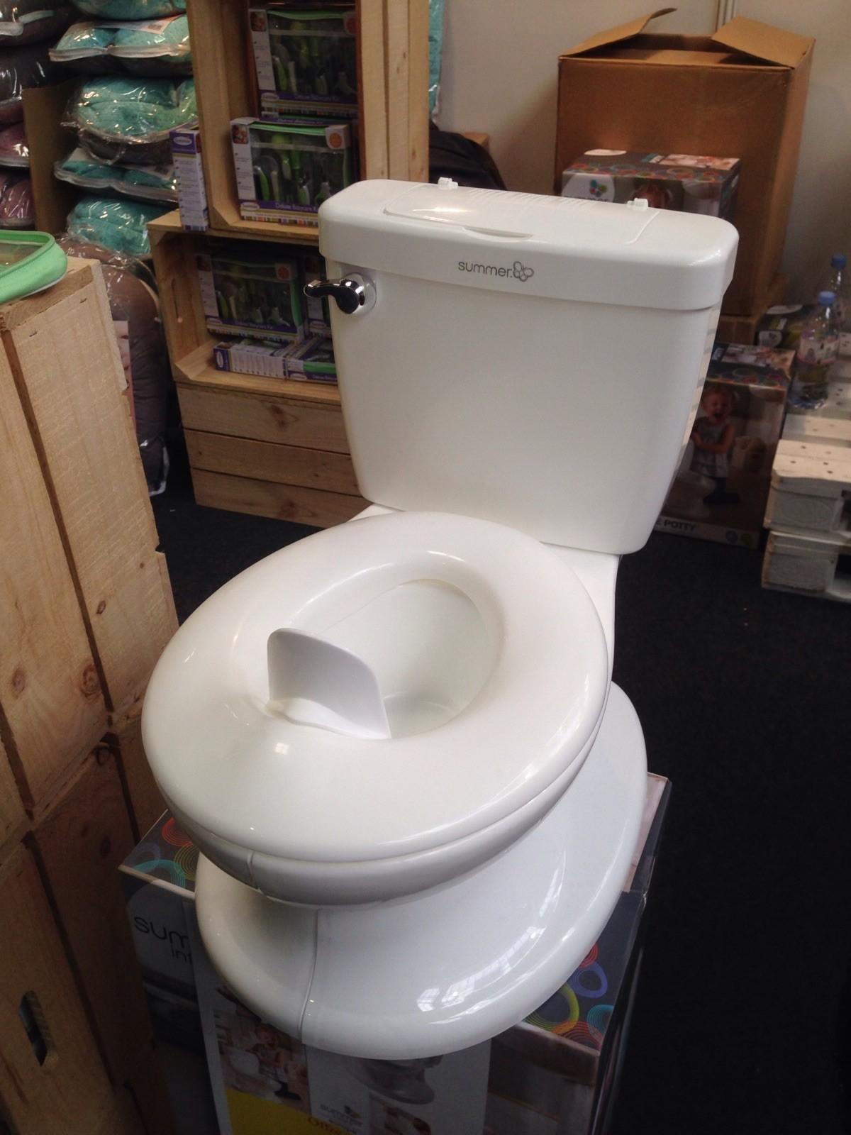 Pot enfant en forme de vrai toilette
