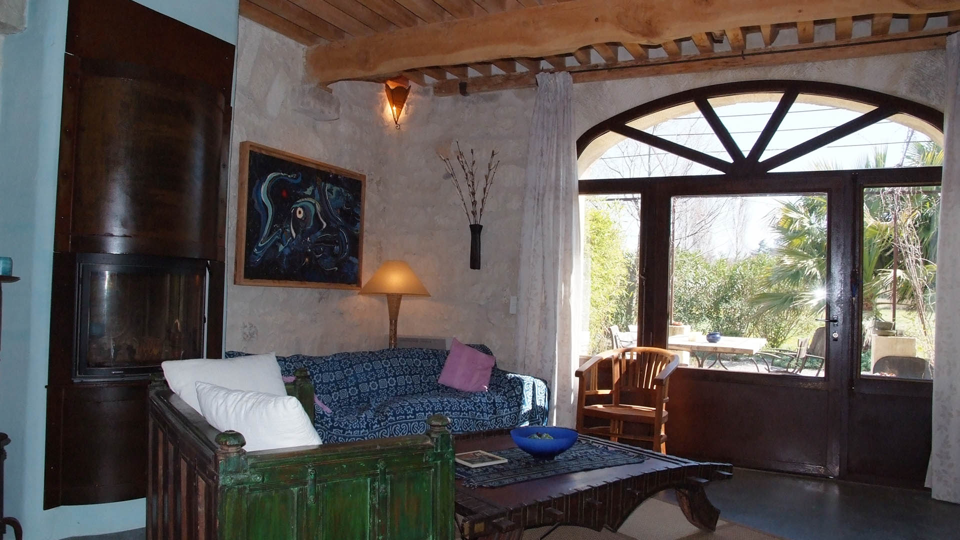 Provence Decoration Cottage Bed And Breakfast In Saint Rémy De Provence France Blue