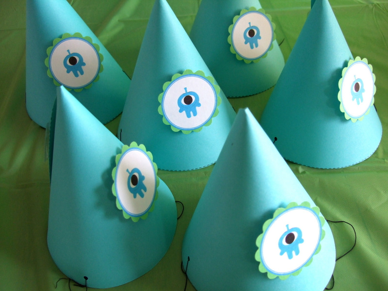 Alien Cupcake Topper or Party Hat // lemon squeezy home
