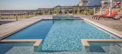 Swimming Pool Loans: Is Financing a Good Idea? | LendEDU