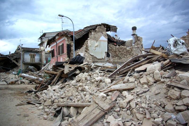 Earthquake in Abruzzo Italy - © Walter Graneri   Dreamstime.com