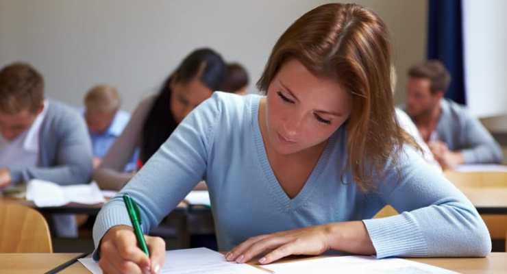 Higher education gap between men and women shrinks dramatically in Switzerland