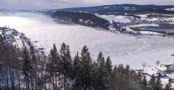 Lac de Joux, Switzerland's largest natural ice skating venue is open