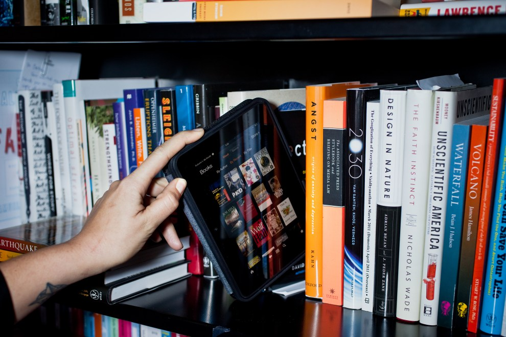 20130207-KINDLE-OLD-BOOKS-031edit