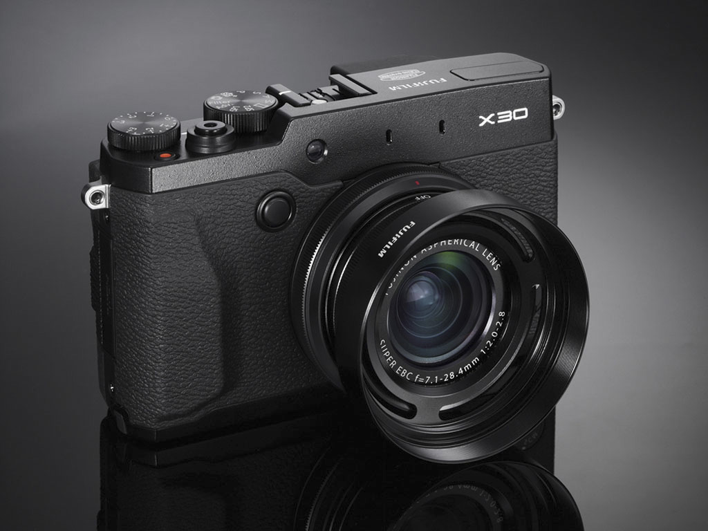 Fuji Fuji Fujifilm X30 First Look Preview Lensvid Lensvid