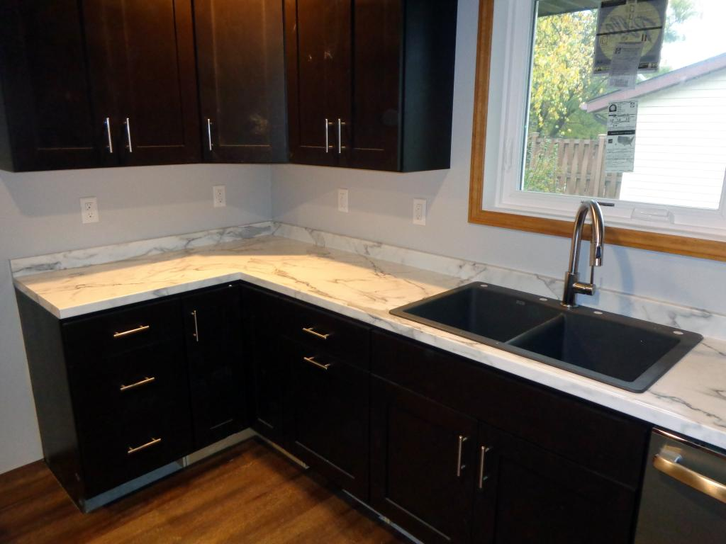 Calcutta Marble Laminate Countertop Gallery Leo 39s Kitchens