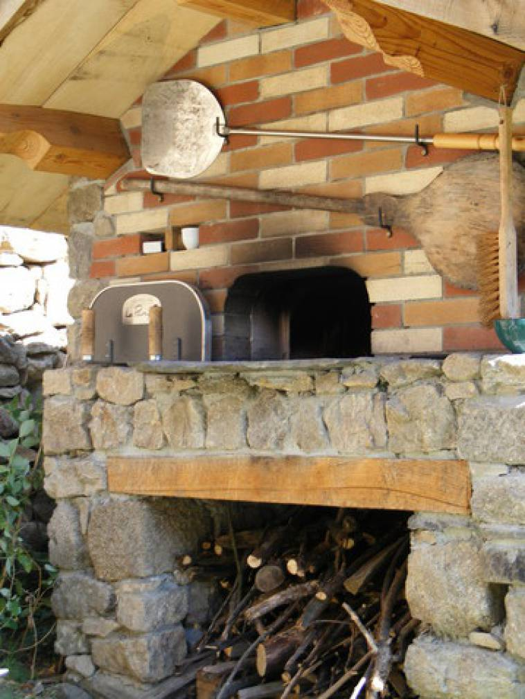 Barbecue Four A Pizza Exterieur Traditionnel - Le Panyol