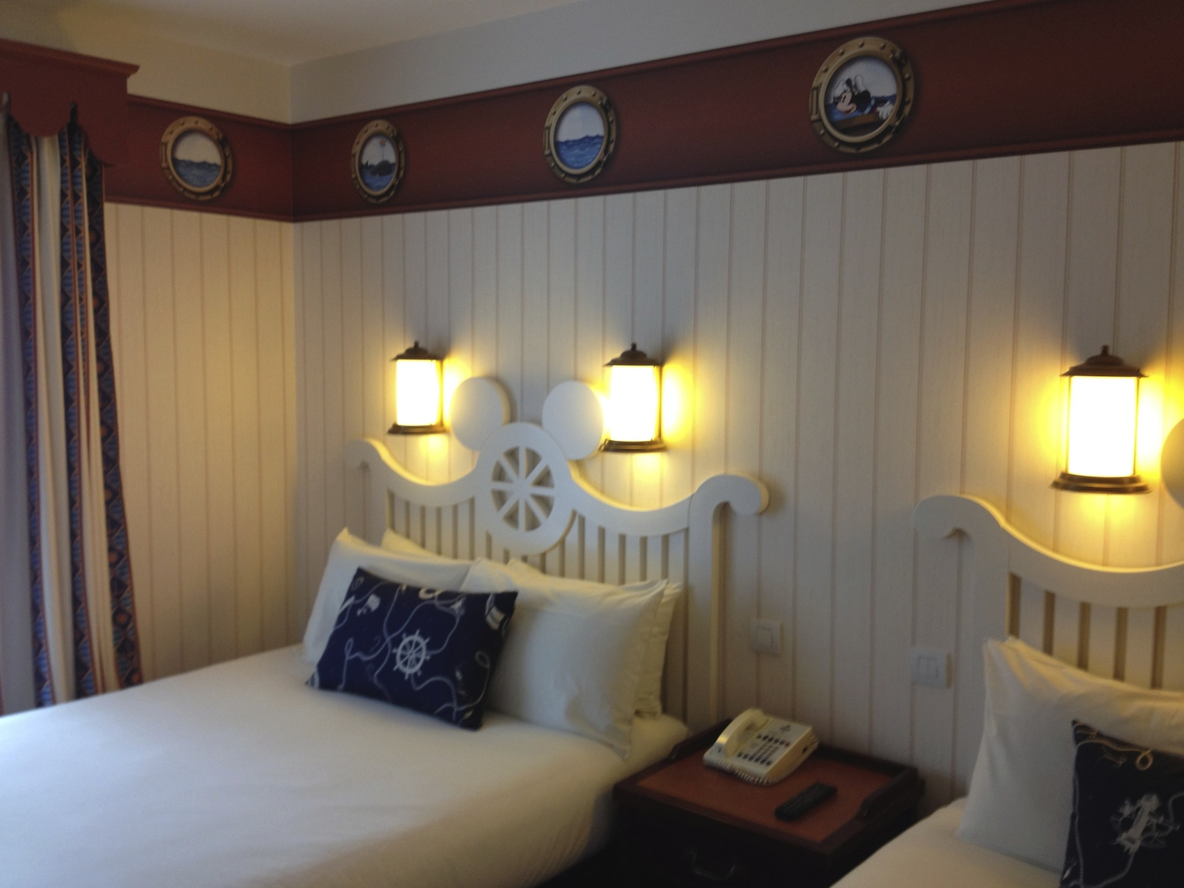 Disneyland Hotel Chambre Chambre New Port Bay Club Hotel Disneyland Paris Room Le Parcorama