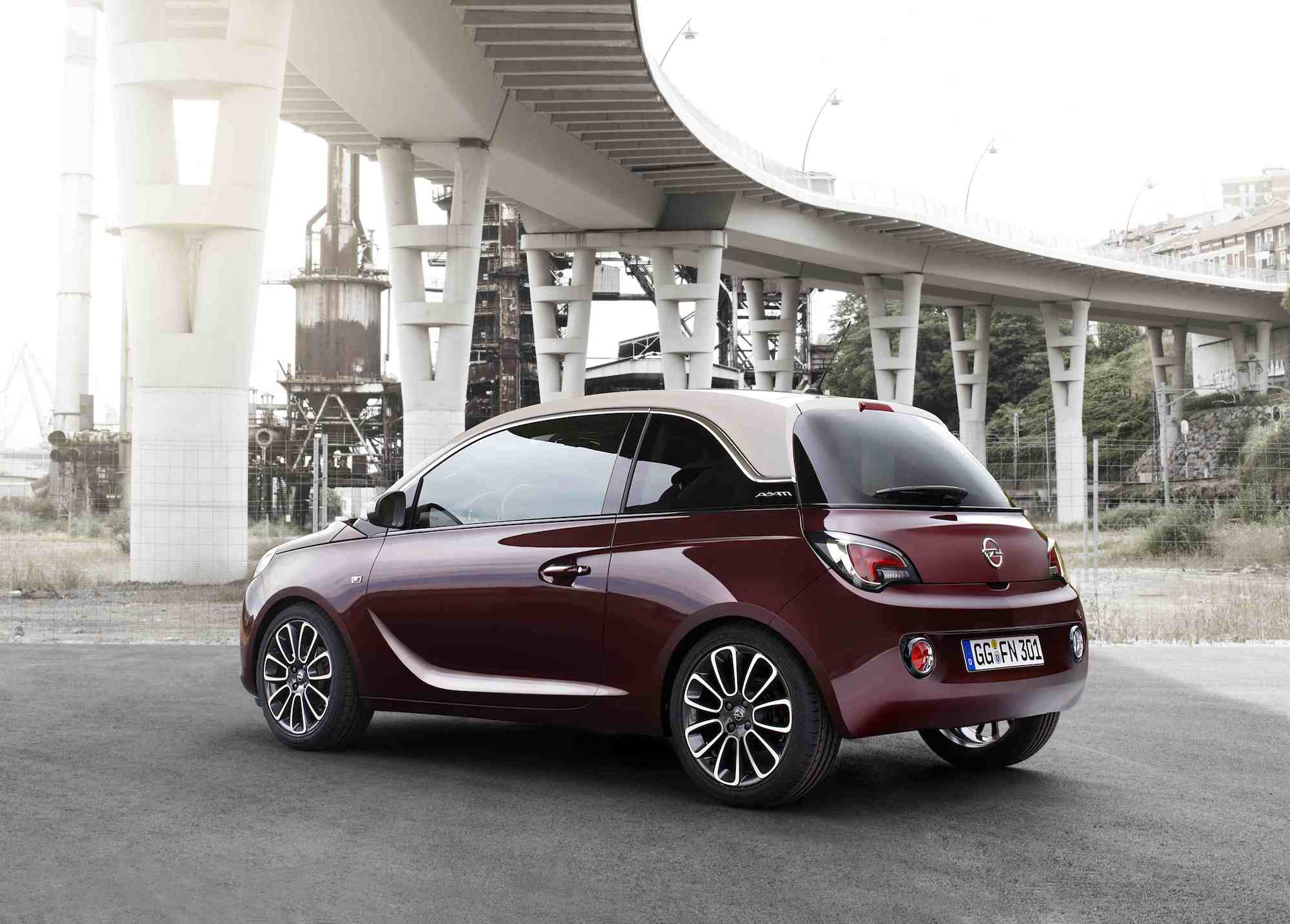 Opel Adam Lila 301 Moved Permanently