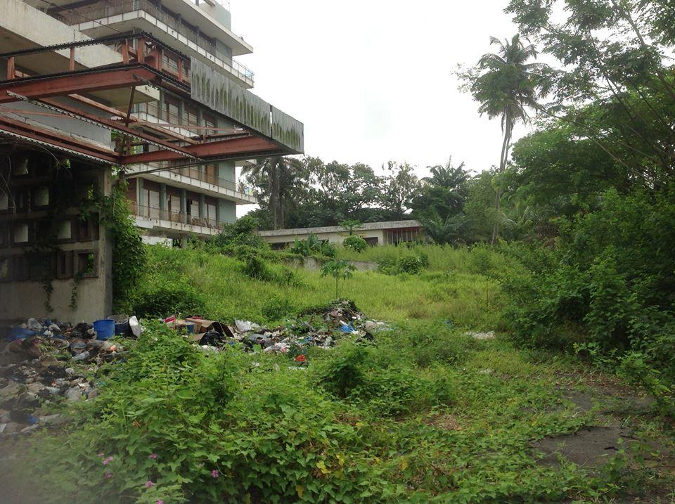 Presse nationale actualit s ancienne r sidence de f lix for Abidjan location maison