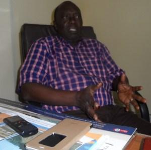 Le sous-directeur des parcs et jardins du district d'Abidjan. M. Kra Kouadio. Ph. S.K
