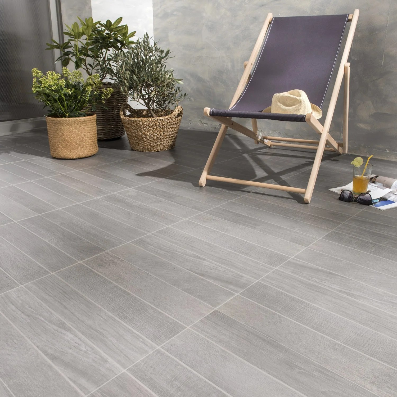 Carrelage Lame Gris Carrelage Anthracite Effet Bois Jungle L 45 X L 45 Cm