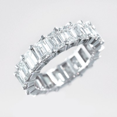 alliance lery intemporelle diamants or blanc
