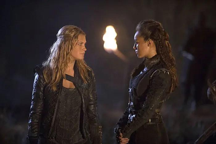 Lexa y Clarke en The 100