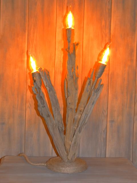 lampe bois flotté flameuse