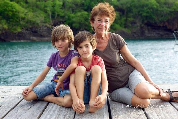 Mamie et titounets a Anse Noire 8