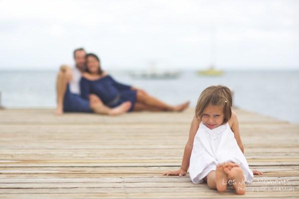 Seance grossesse en famille a la plage Martinique 15