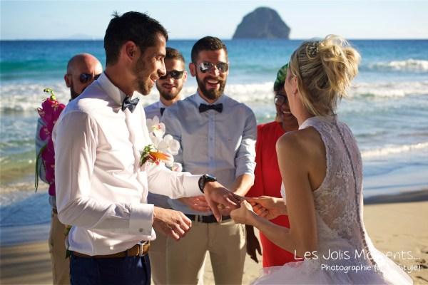 Ceremonie de mariage sur une plage de Martinique 18