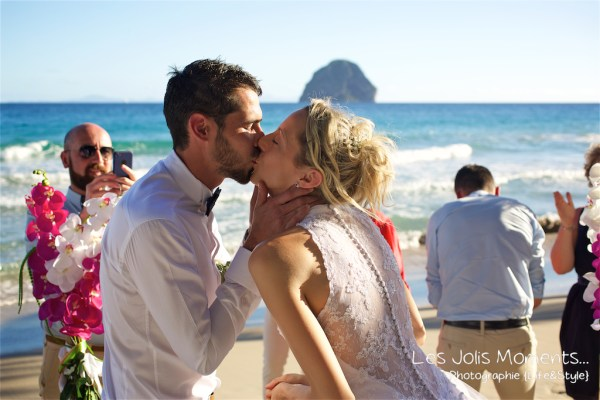 Ceremonie de mariage sur une plage de Martinique 19