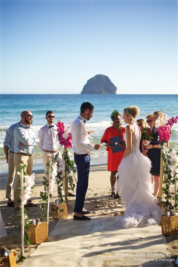 Ceremonie de mariage sur une plage de Martinique (4)