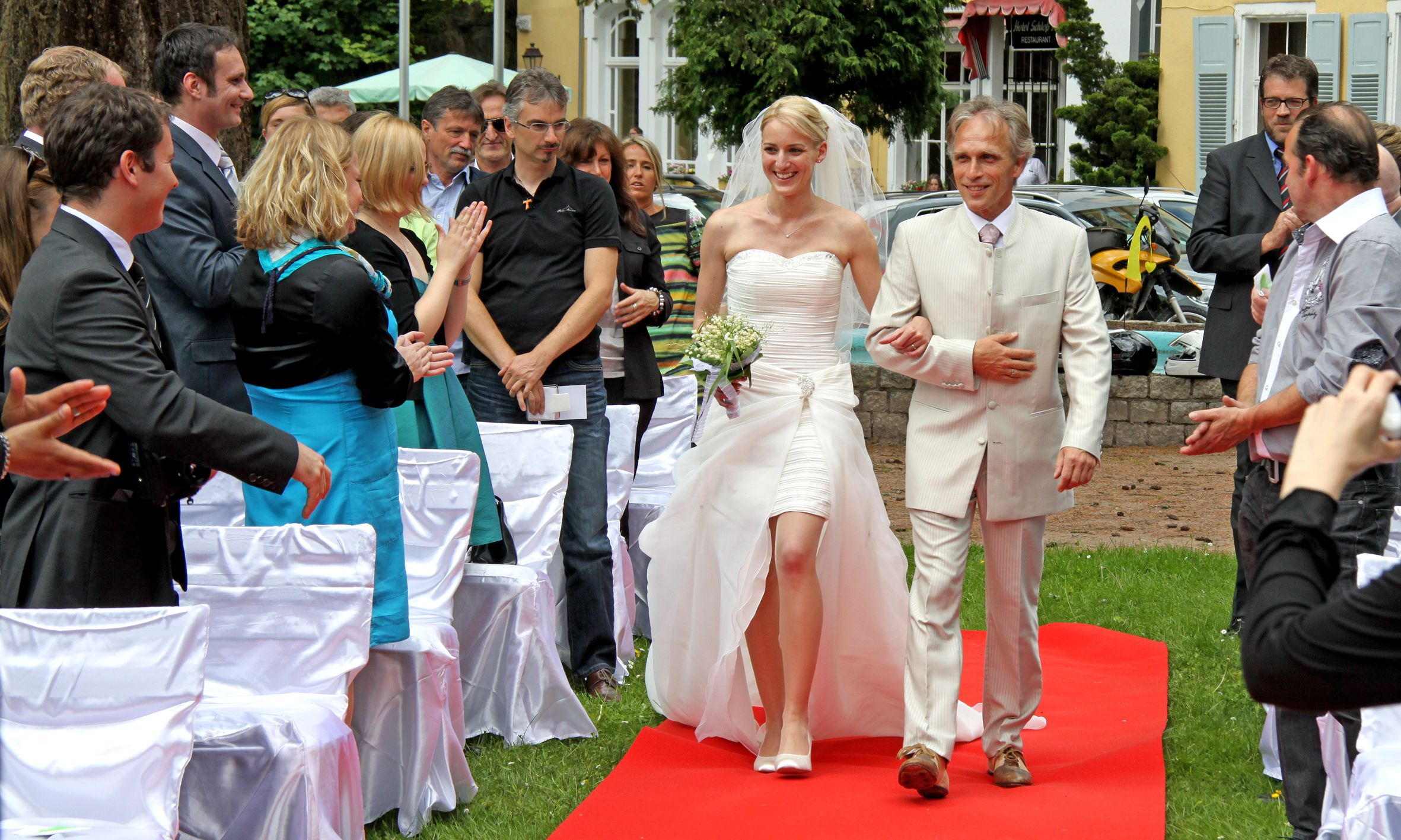 Roter Teppich Für Party Roter Teppich Hochzeit Great Roter Teppich Roter Teppich