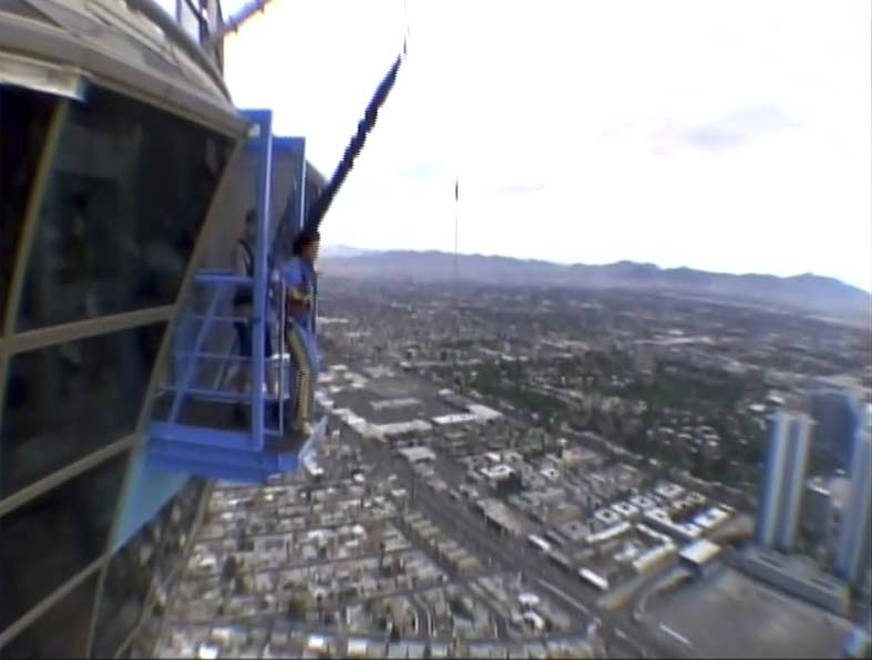 Top 5 Extreme Adventures \u2013 #4 Sky Jumping from the Stratosphere Las