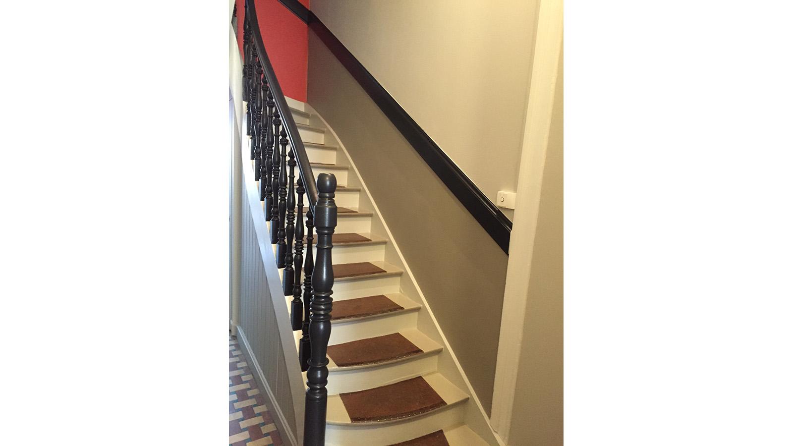 Devis Renovation Cage D\'escalier   Comment Poser Du Vinyle Ou Lino ...