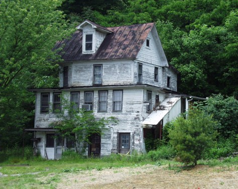 A classic old house on the outskirts of Powhatan Point...history before your very eyes