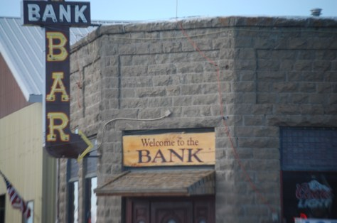 Bank Bar in Wilsall, MT.  Old neon and a question...is there a drive thru ATM at this bank?