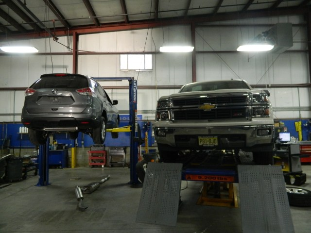 Lester Glenn Collision Center