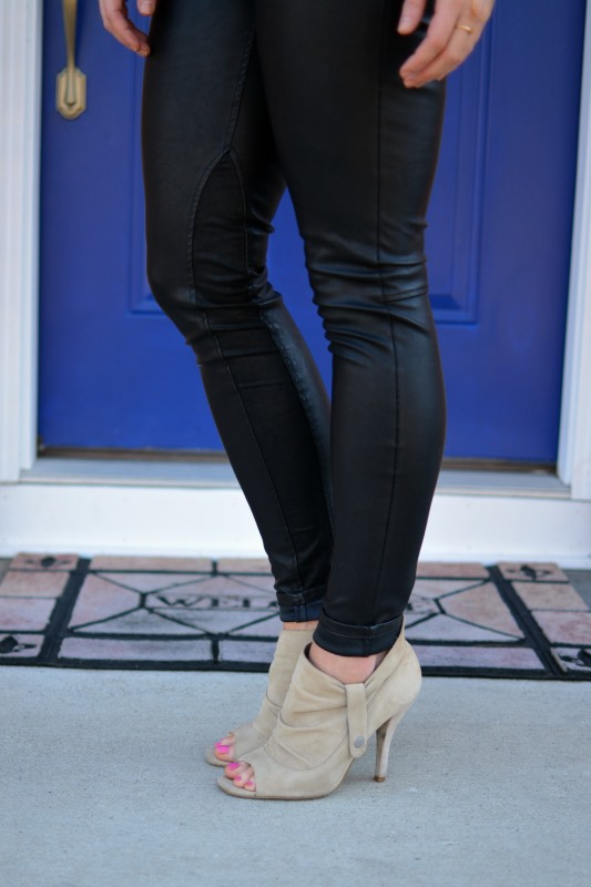 ashley from lsr, blank nyc vegan leather leggings, steve madden suede booties