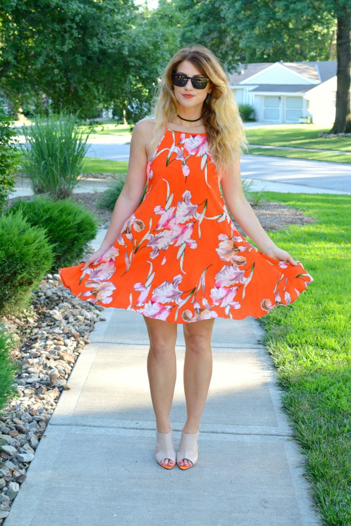 Ashley from LSR in an orange Minkpink dress, mule sandals, and Zac Posen sunglasses