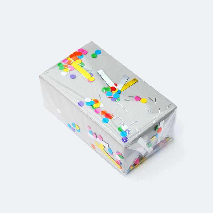 DIY Creative Confetti Gift Wrap
