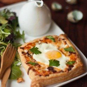 Egg Tart & Green Salad w/ Walnuts and Honey Mustard Dressing
