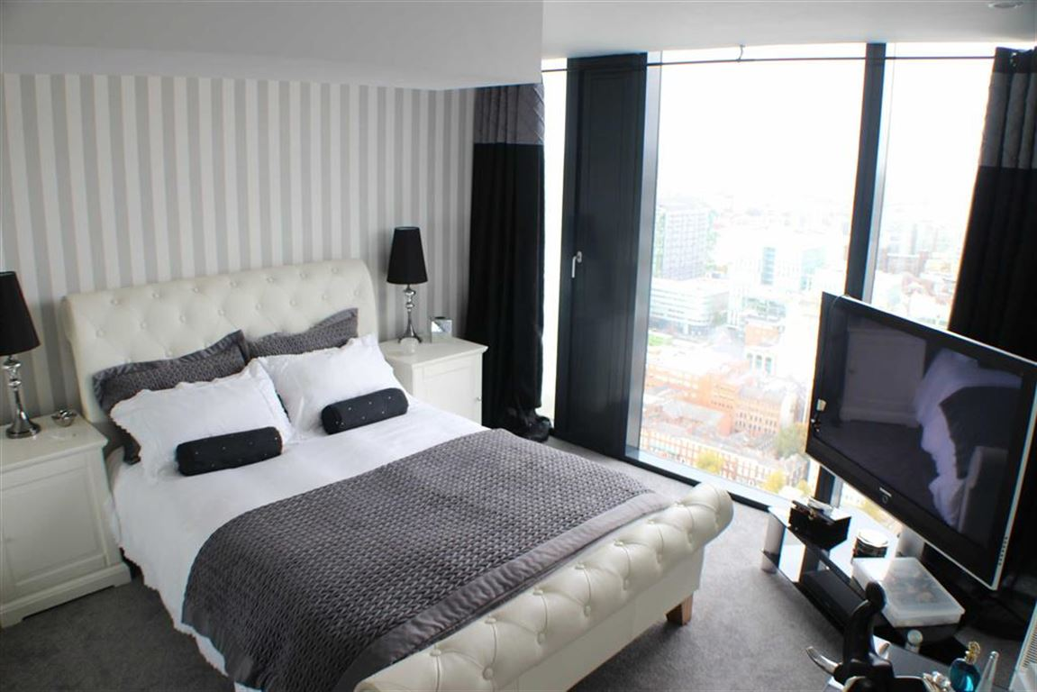 2 Bed Apartment Manchester 2 Bed Apartment To Rent Deansgate Manchester M3 4lu