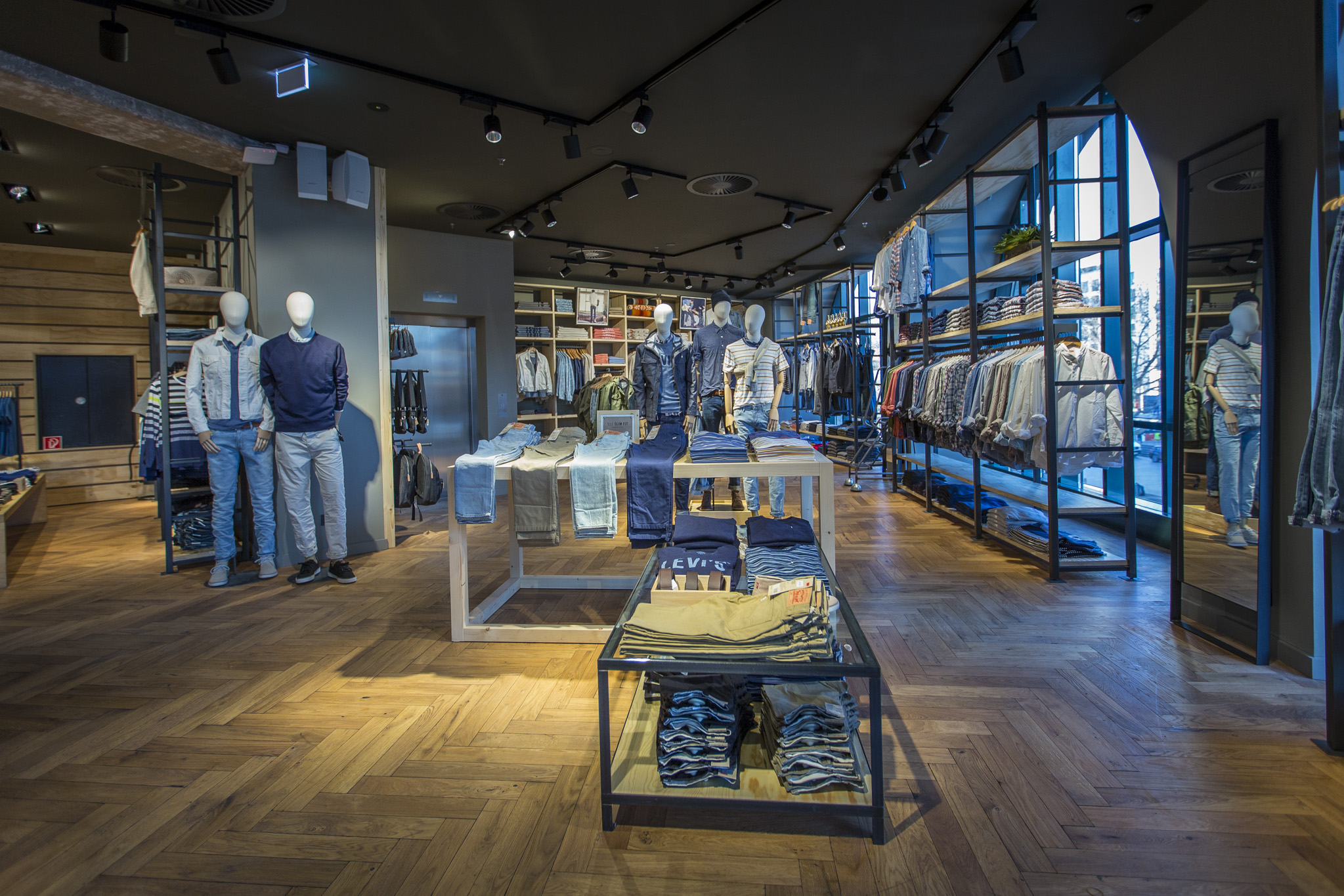 Levis Shop Step Inside The Renovated Levi's Berlin Store