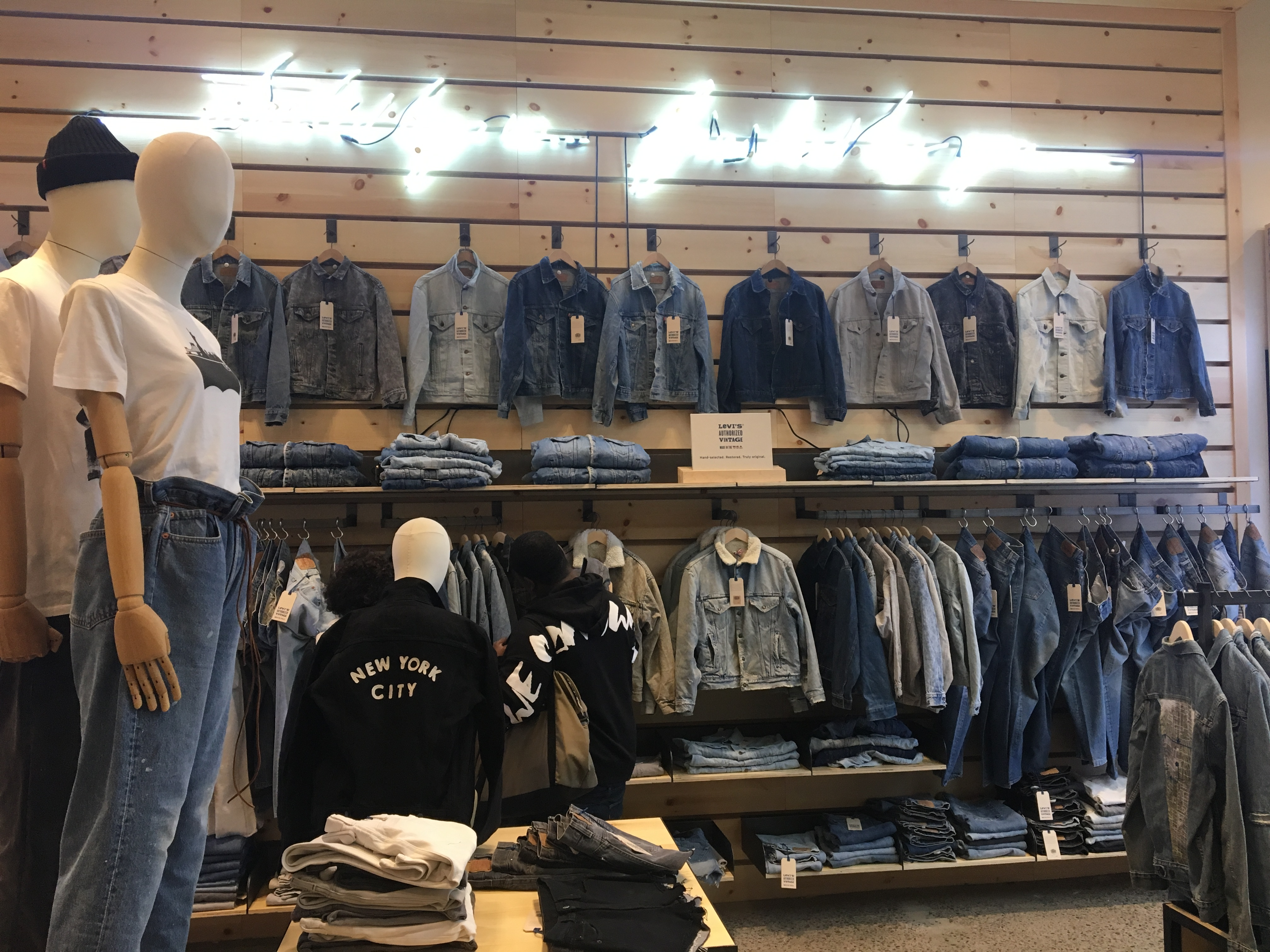 Levis Shop The Levi's® Soho Flagship Store Gets A Stylish Upgrade ...