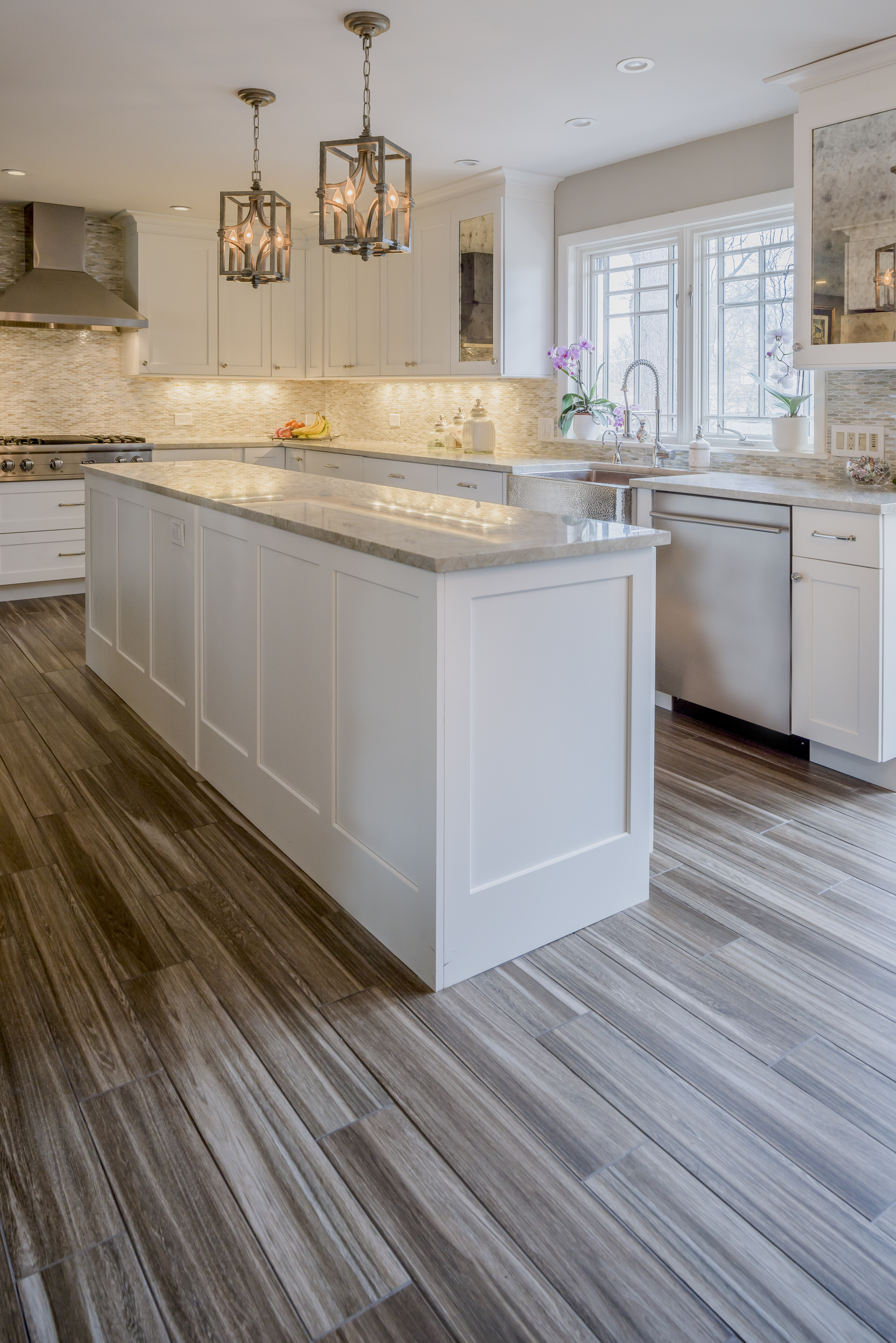 Off White Shaker Cabinets White Kitchen Gain Inspiration And View Lewis Floor