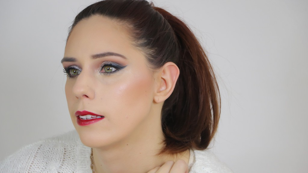 maquillage-de-fetes-monday-shadow-challenge-paillettes-argent-cloute-3