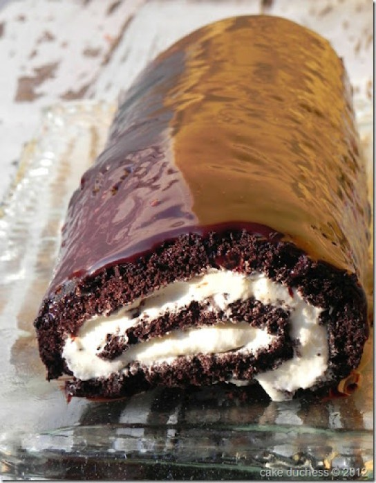 chocolate-swiss-roll-2