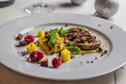 Anden forret: Ristet foie gras med mango - Nytårsmenuen 2014 - Mikkel Bækgaards Madblog