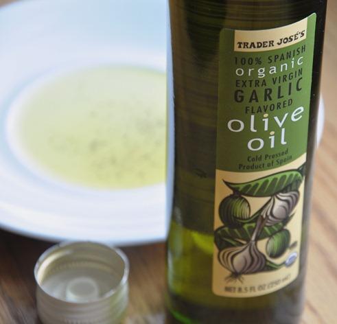 trader joe olive oil 023