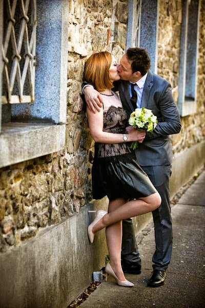 porocni-fotograf-wedding-photographer-poroka-fotografiranje-poroke- slikanje-cena-bled-slovenia-koper-ljubljana-bled-maribor-hochzeit (.jpg